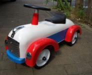 乗用玩具 外車