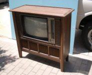家具調TV